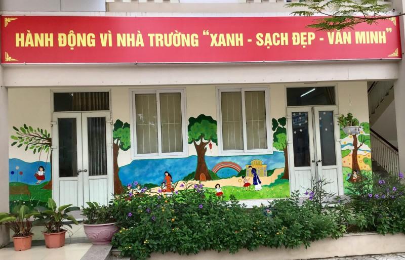 Trường Tiểu học Giang Biên chỉnh trang khung cảnh sư phạm đón năm học mới