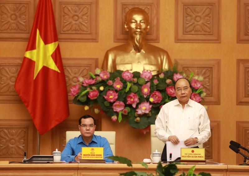 Thủ tướng đề nghị phải chăm lo, đảm bảo tối đa quyền lợi cho người lao động