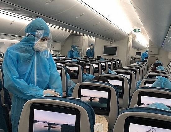 Hơn 220 công dân Việt Nam từ Nhật Bản đã về nước an toàn