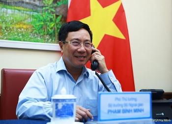 Phó Thủ tướng, Bộ trưởng Ngoại giao Phạm Bình Minh điện đàm với Bộ trưởng Ngoại giao Đức