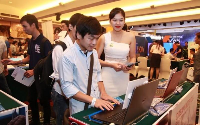 Lương khởi điểm của ứng viên IT gần 16 triệu đồng