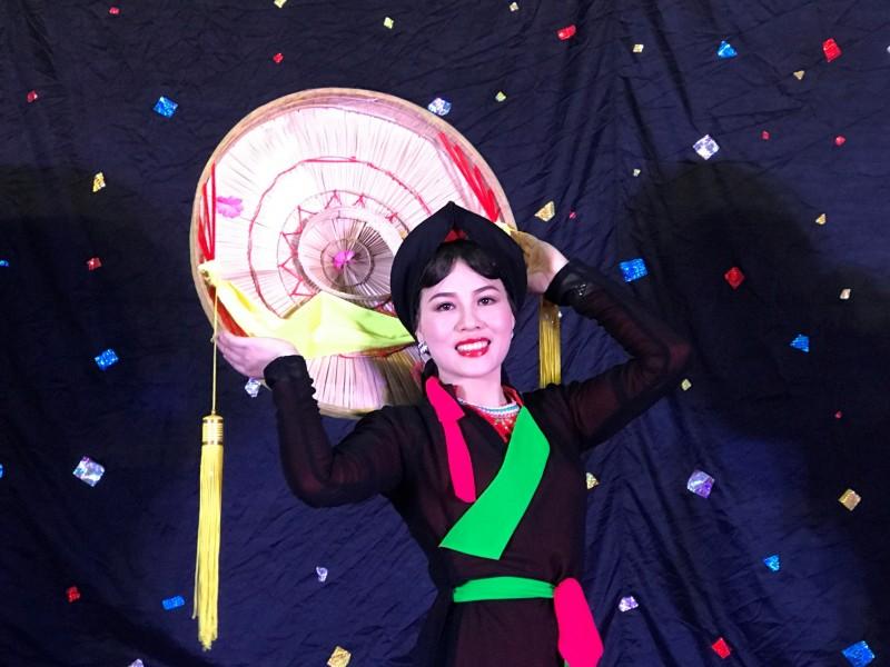 Người phụ nữ 'giữ lửa' quan họ Bắc Giang
