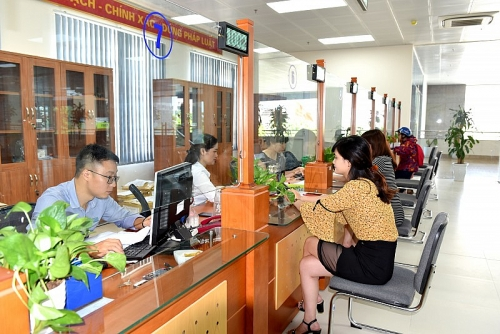 Triển khai cấp lại thẻ bảo hiểm y tế cho người dân tại Bộ phận một cửa