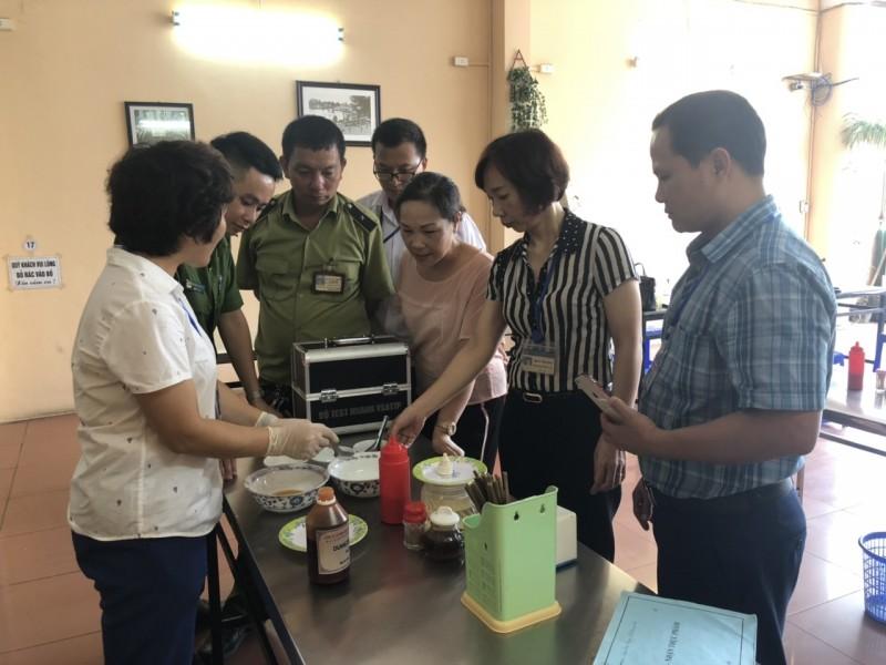 Công tác thanh, kiểm tra về an toàn thực phẩm được triển khai hiệu quả