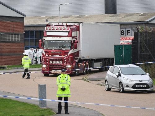Đại sứ quán Việt Nam tại Anh thông tin về vụ 39 thi thể trong xe container