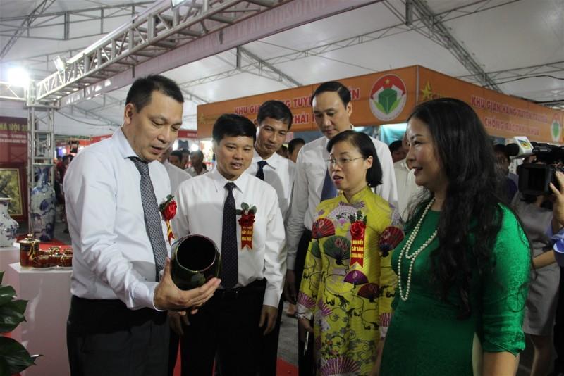 """Ngày 1/11: Tôn vinh 146 sản phẩm, dịch vụ """"Hàng Việt Nam được người tiêu dùng yêu thích"""""""