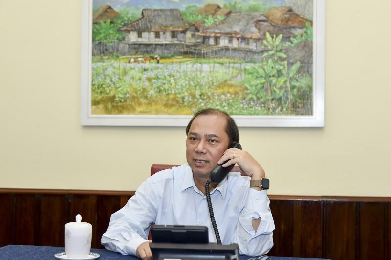 Việt Nam đề nghị phía Anh hỗ trợ triển khai công tác bảo hộ công dân