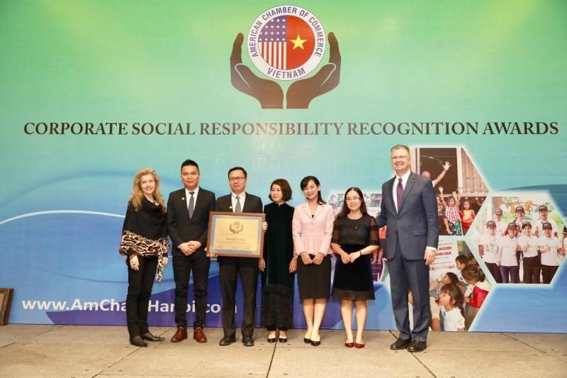 Đại sứ Mỹ trao Giải thưởng Trách nhiệm xã hội doanh nghiệp cho Herbalife Vietnam