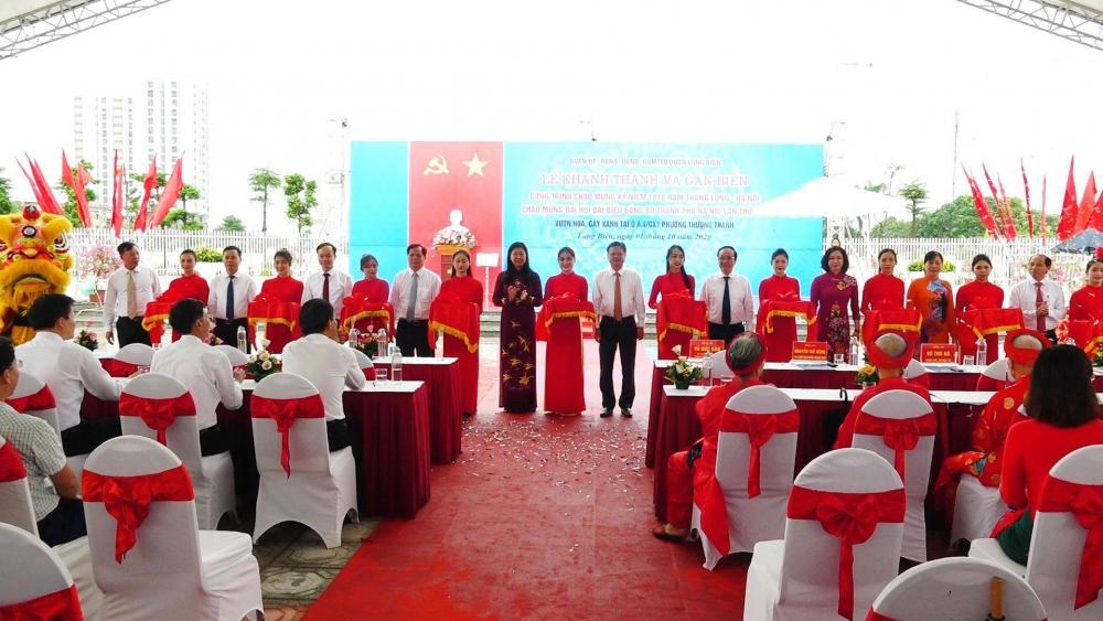 Khánh thành và gắn biển công trình chào mừng Đại hội Đảng bộ Thành phố Hà Nội lần thứ XVII