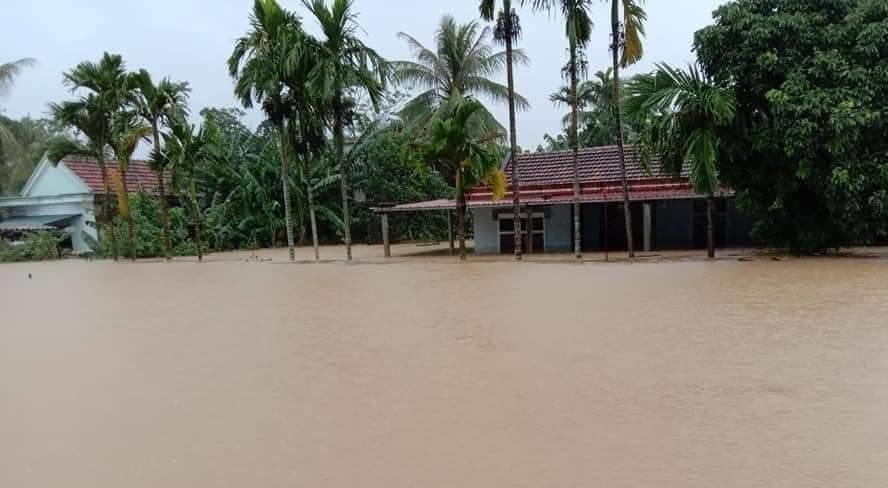 BIDV dành 8 tỷ đồng hỗ trợ đồng bào miền Trung bị ảnh hưởng bởi lũ lụt