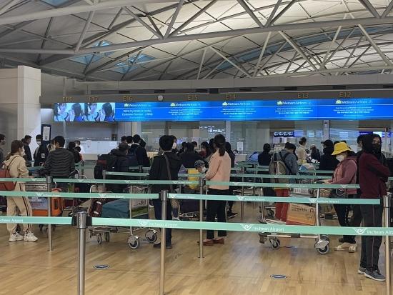 Thêm 2 chuyến bay đưa 630 công dân Việt Nam về nước an toàn