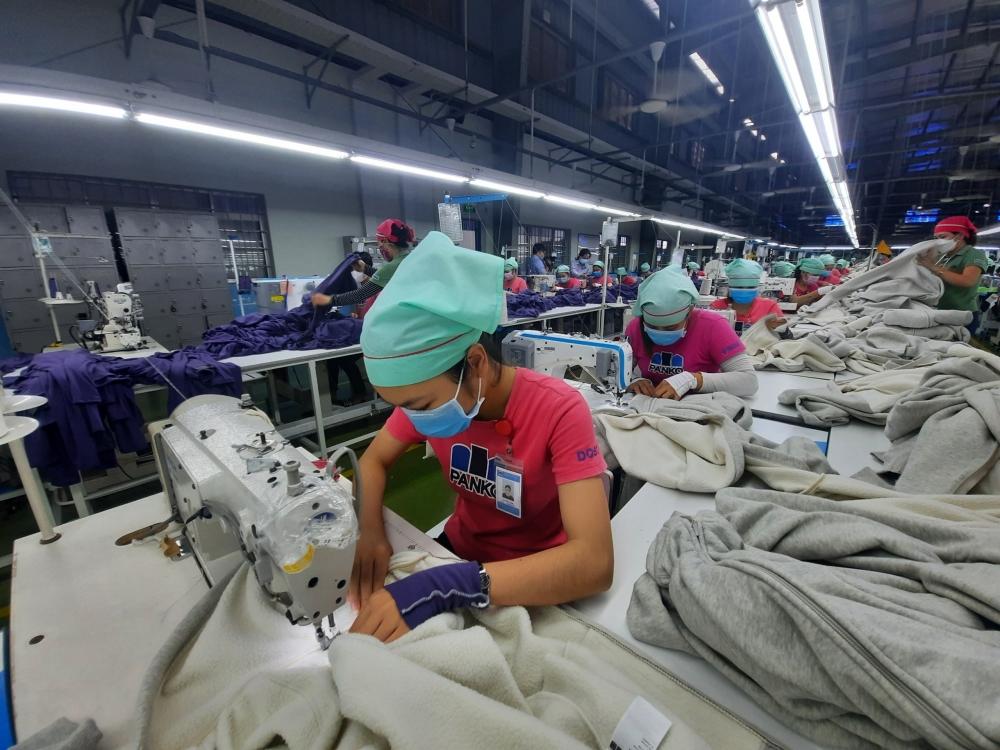137.826 người sử dụng lao động đã nhận hỗ trợ gần 3.470 tỷ đồng từ Quỹ BHTN