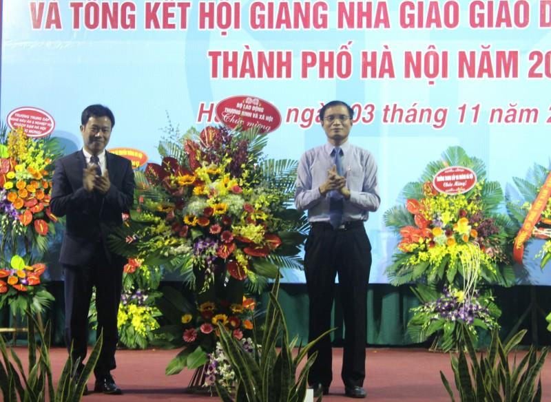 Hà Nội tôn vinh các nhà giáo giáo dục nghề nghiệp tiêu biểu