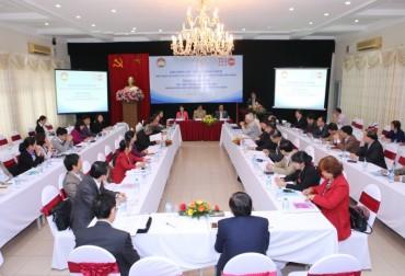 Đối thoại chính sách về dân số và phát triển bền vững ở Việt Nam