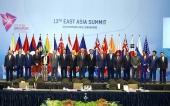 Các nhà lãnh đạo ASEAN thông qua 63 văn kiện hợp tác trên cáclĩnh vực
