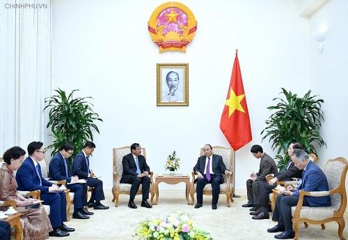 Tăng cường hợp tác, hỗ trợ người Việt Nam ở Campuchia