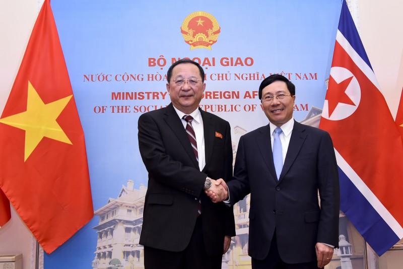 Tiếp tục vun đắp quan hệ hữu nghị truyền thống Việt Nam - Triều Tiên