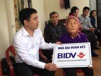 Trao tặng 25 căn nhà, giúp hộ nghèo tỉnh Thái Bình ổn định cuộc sống