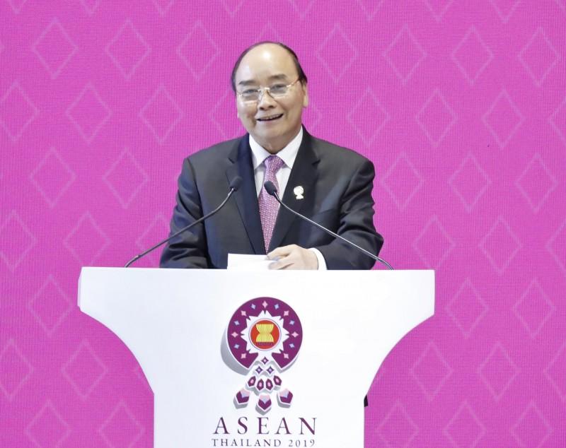 Thủ tướng kêu gọi hãy tư duy Cộng đồng, hành động Cộng đồng