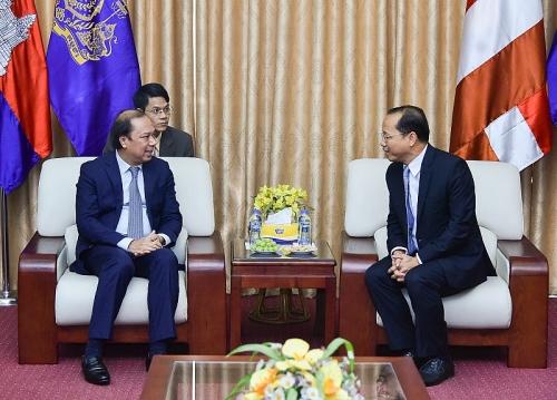 Việt Nam chúc mừng những thành tựu Campuchia đạt được trong 66 năm phát triển