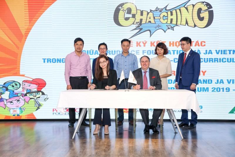 Triển khai Giáo trình quản lý tài chính Cha-Ching tại 31 trường Tiểu học tại Hà Nội