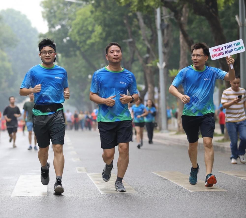 """Gần 25.000 người tham gia Giải chạy """"Tết ấm cho người nghèo - Vì miền Trung thương yêu"""""""
