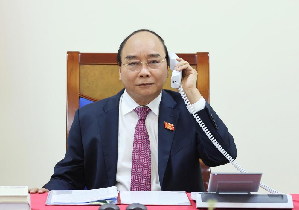 Thủ tướng Chính phủ Nguyễn Xuân Phúc điện đàm với Thủ tướng Lào