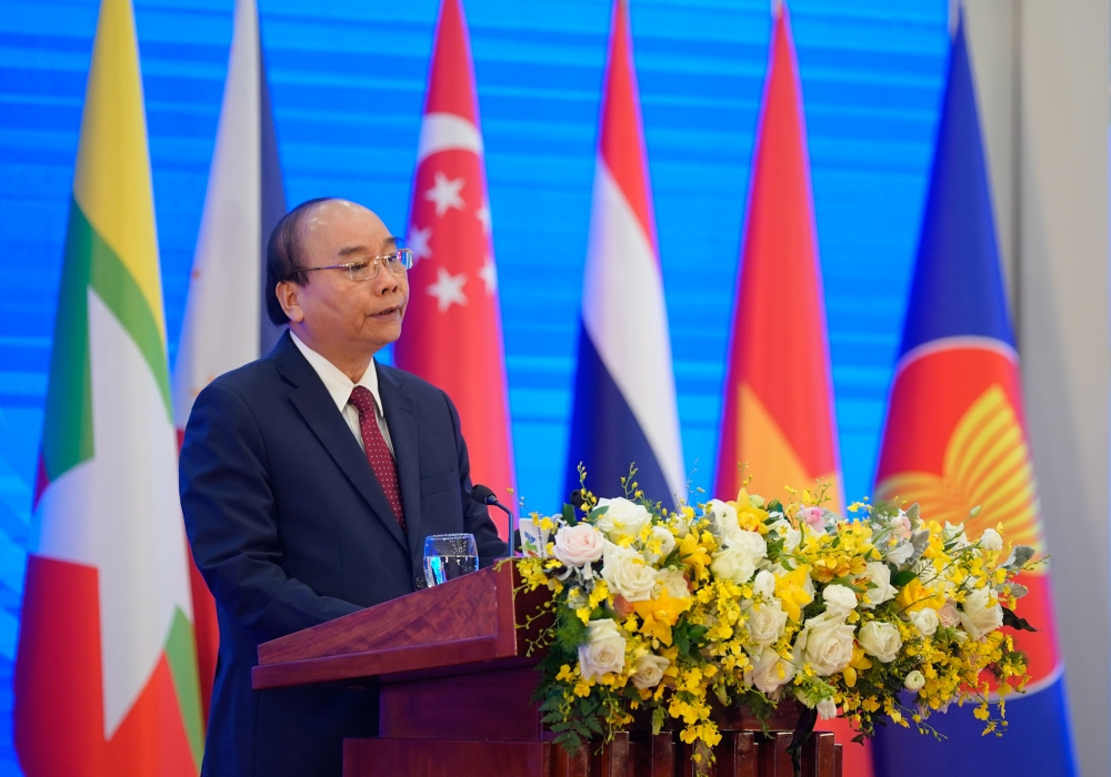 Bài phát biểu của Thủ tướng Nguyễn Xuân Phúc tại Lễ Khai mạc Hội nghị cấp cao ASEAN 37