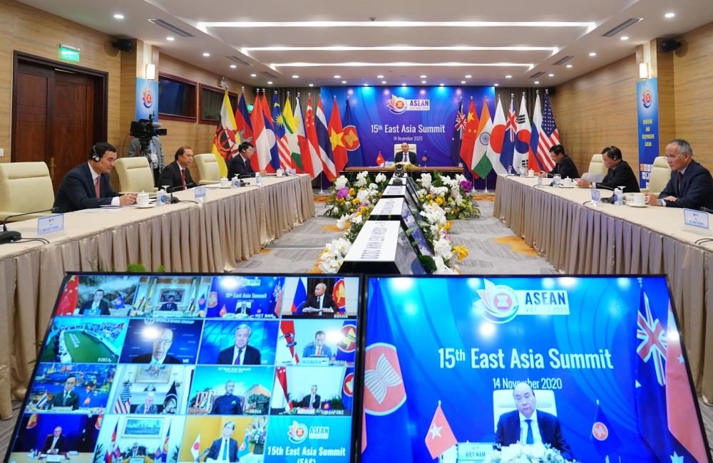 Hội nghị Cấp cao Đông Á lần thứ 15: Thông qua 5 Tuyên bố quan trọng