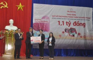 Prudential hỗ trợ hơn 1 tỷ đồng tới các trường học ở miền Trung