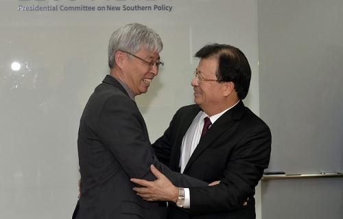 Đề nghị Hàn Quốc xem xét tăng số lượng tiếp nhận lao động Việt Nam