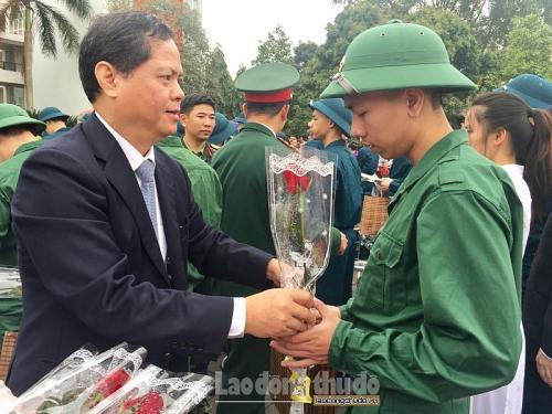 Quận ủy Long Biên: Tăng cường sự lãnh đạo của Đảng với công tác thanh niên