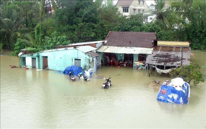 Hà Nội: Hỗ trợ 80 triệu đồng tới các gia đình miền Trung bị thiệt hại do mưa lũ