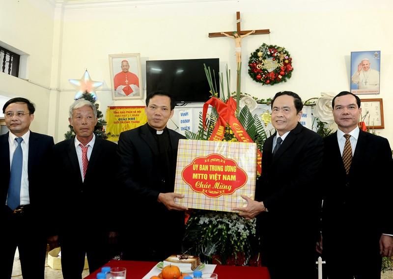 Đồng bào Công giáo nêu cao tinh thần 'người giáo dân tốt cũng là công dân tốt'