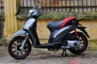 Xe máy đua nhau hạ giá tới 4 triệu đồng