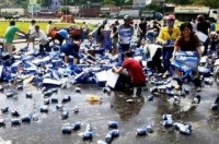 Vụ hôi bia: Khởi tố 2 bị can