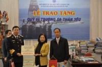 LĐLĐ Thành phố Hà Nội đóng góp quỹ vì Trường Sa thân yêu