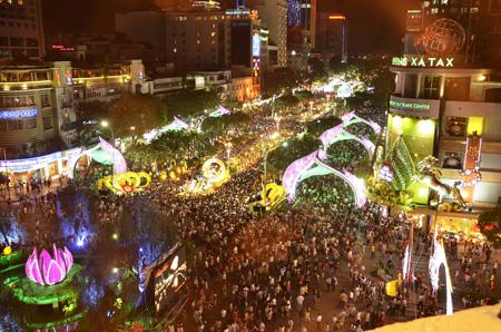 Đường hoa Nguyễn Huệ 2014 đã chính thức khai mạc