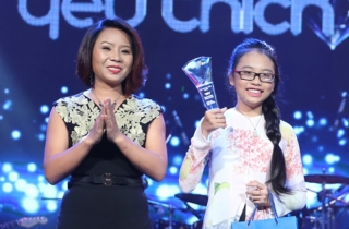 'Giọng ca nhí 'Phương Mỹ Chi đoạt giải thưởng 1 tỷ đồng