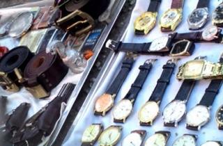 Chợ mua bán đồ 'chôm' giữa Sài Gòn