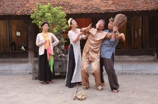Đạo diễn Phạm Đông Hồng tiếp tục 'hút' khán giả bằng hài dân gian