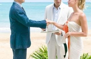 """""""Cướp biển"""" Johnny Depp đã cưới """"bồ"""" trẻ"""