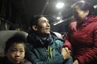 400 công nhân đi xe miễn phí về quê ăn Tết tại điểm số 3 Chu Văn An, quận Hà Đông.