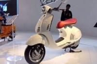 Vespa 946 có giá ngang ngửa Honda City tại Ấn Độ