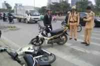 Hai vụ tai nạn giao thông cách nhau 50m