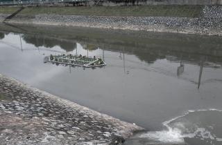 Xử lý nước thải đổ thẳng ra sông hồ: Vẫn luẩn quẩn!