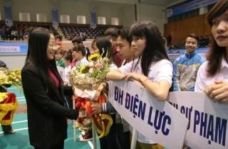 Khai mạc giải Cầu lông tranh cúp báo Tuổi trẻ Thủ đô