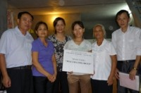 Trao kinh phí hỗ trợ Mái ấm công đoàn cho đoàn viên CĐ ngành Dệt may Hà Nội