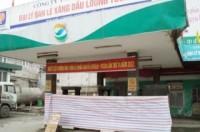 """Yên Bái: Cửa hàng bán xăng """"kèm"""" nước, bị đình chỉ 3 tháng"""