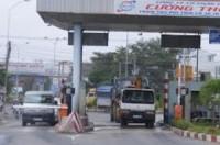 TPHCM bị 'bịt chặt' bởi các trạm thu phí